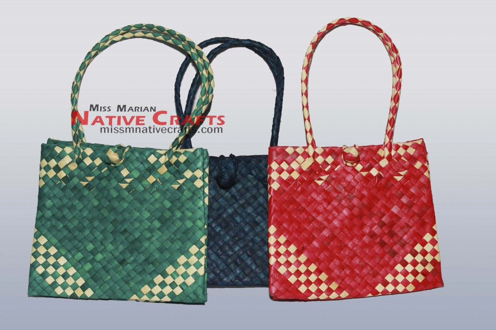 Colored Buri gift bags supplier