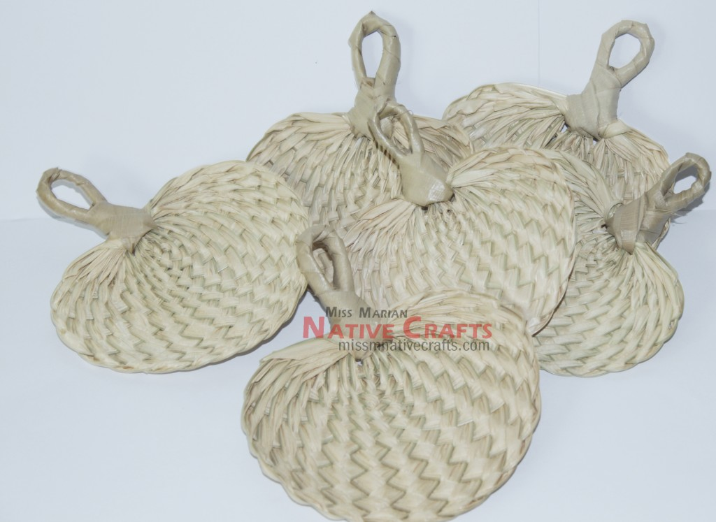 Philippines Handicrafts Lauhala Or Pandan Boxes And Bags