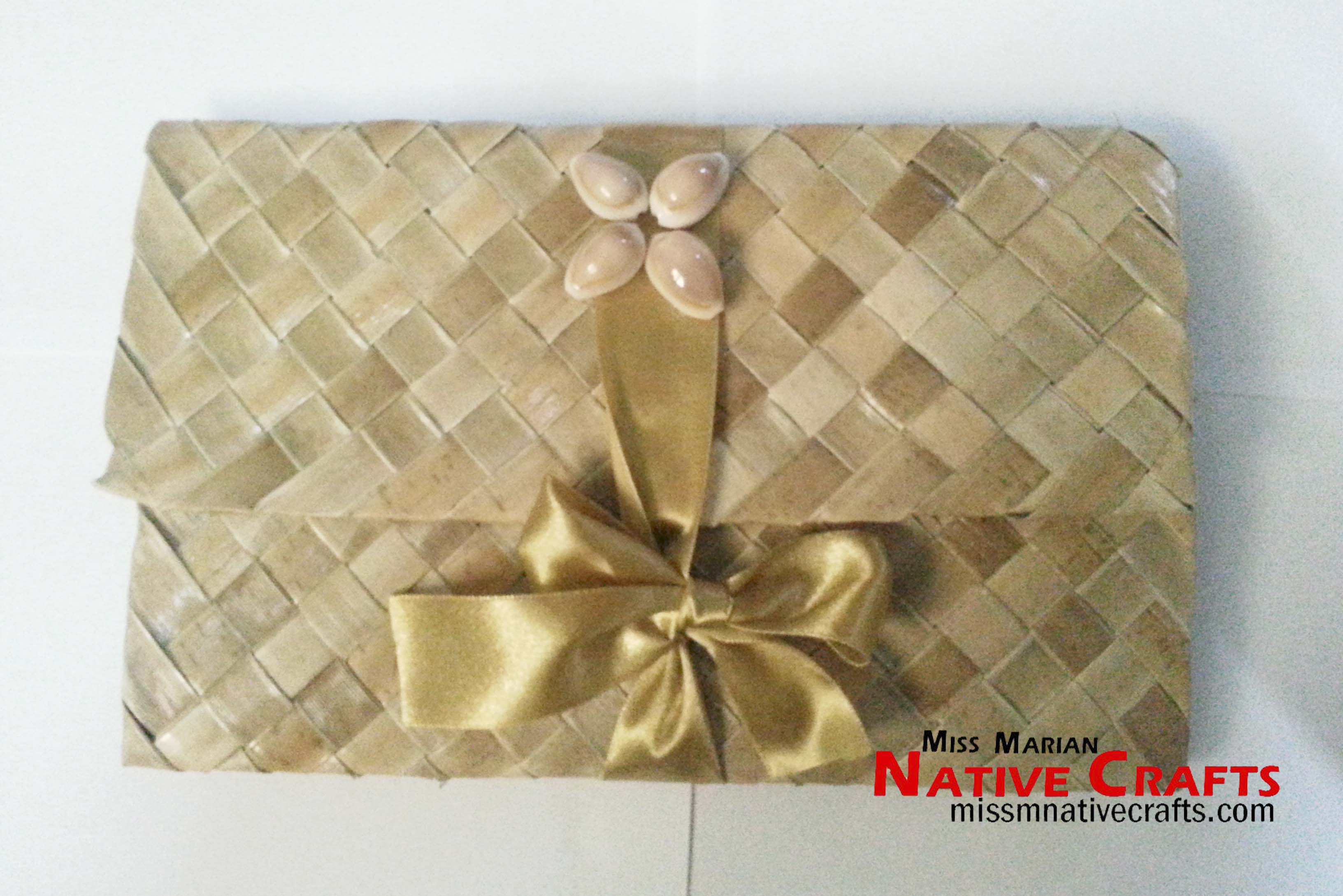 00 Previous Next Product Description Personalized Lauhala Mat Into Eco Friendly Wedding Invitation Case
